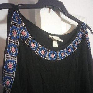 Ava & Viv embroidered cold shoulder top